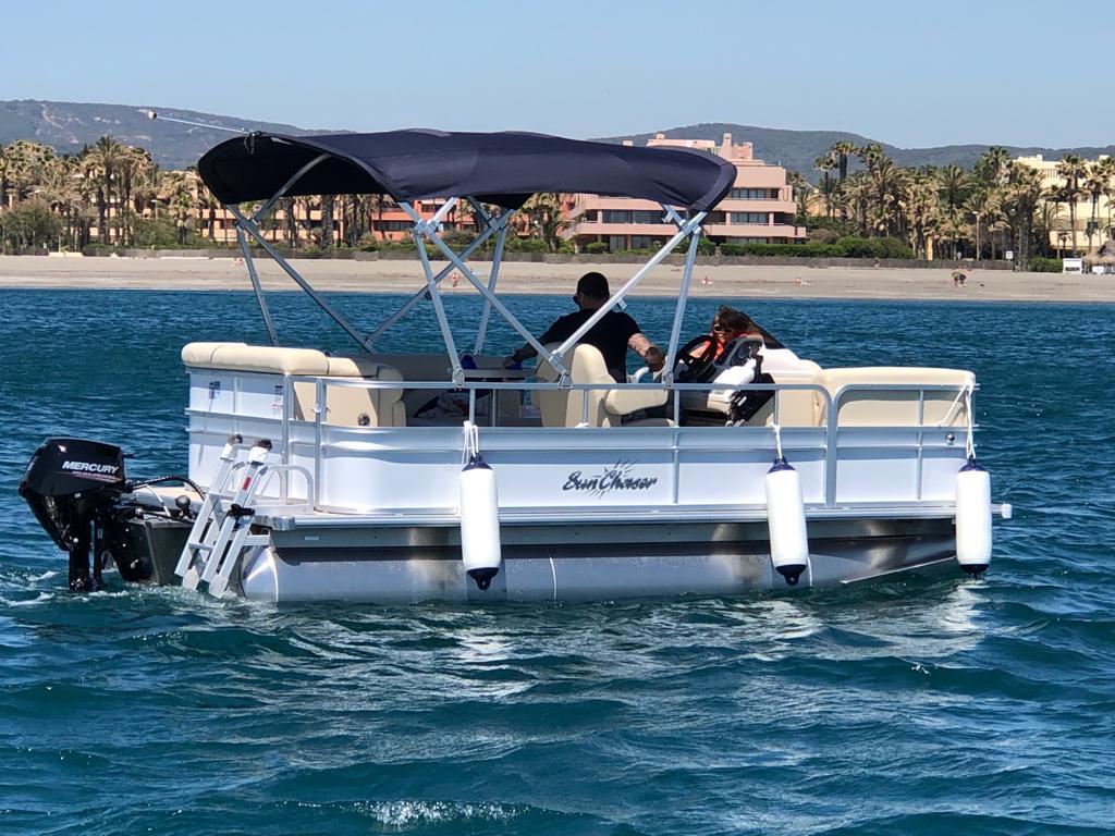 Barcos sin Carnet en Sotogrande Cádiz - JUGARNIA NAUTIC